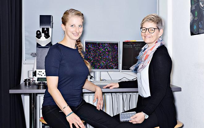 Melanie Fischer (à g.) et la prof. Kristin Schirmer. (Photo: Conseil des EPF)